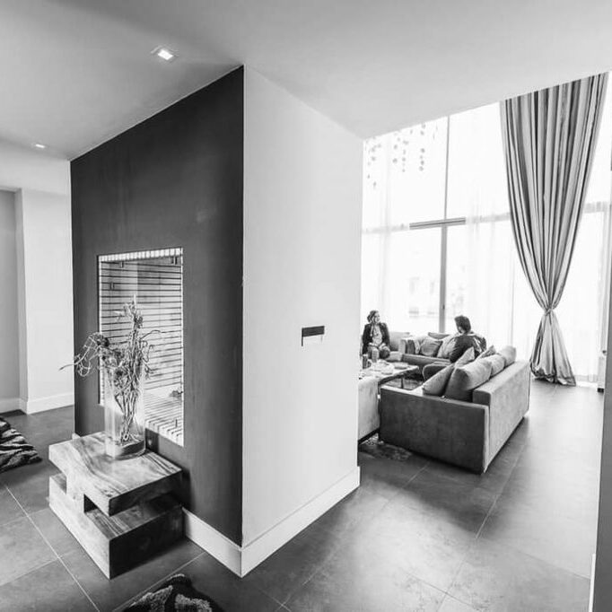 fireplace-family-room_BW